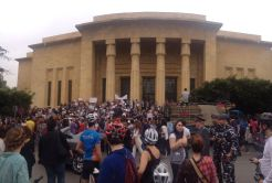 People have started gathering in front of the museum. Photo taken by Melissa Hamouch